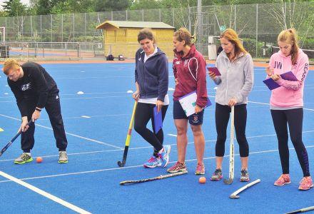 Coaching Mini Hockey / In2Hockey